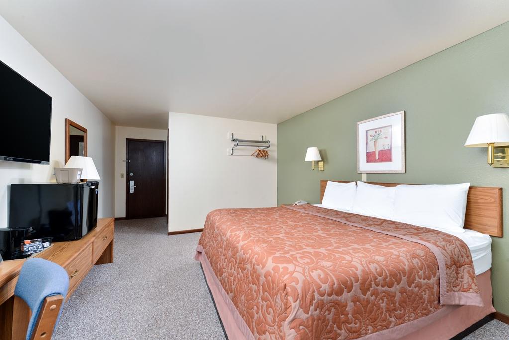 Gallery image of Americas Best Value Inn Staples