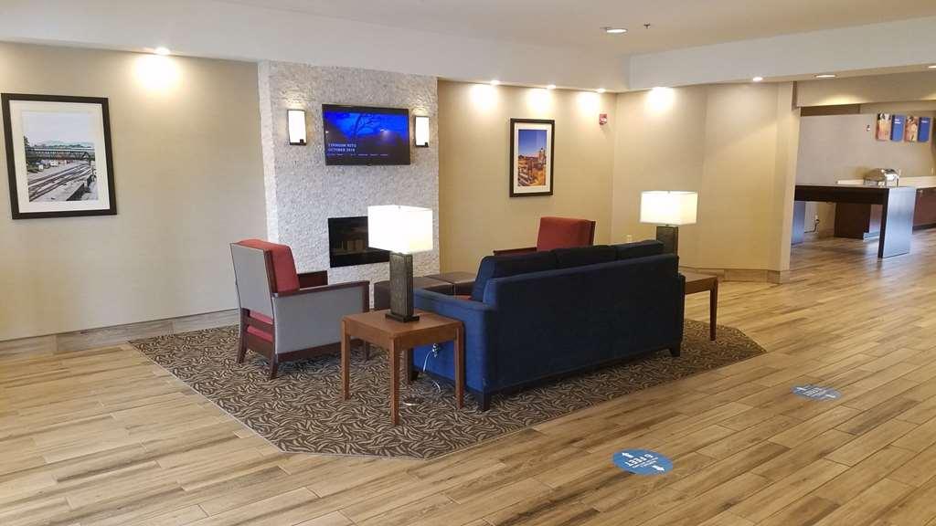 Gallery image of Comfort Inn Airport