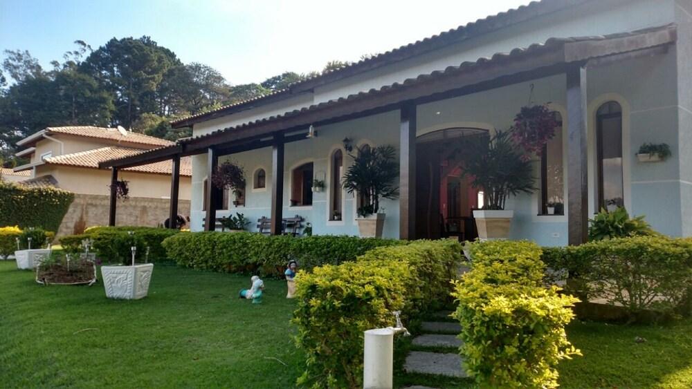 Casa Azul Mairinque
