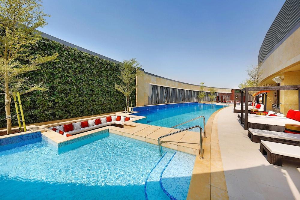 AlRayyan Hotel Doha Curio Collection by Hilton