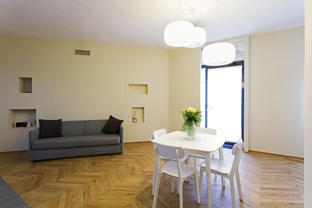 Maison Laghetto Apartment Suite