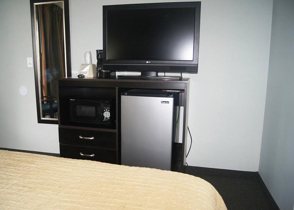 Gallery image of Ocean Plaza Motel