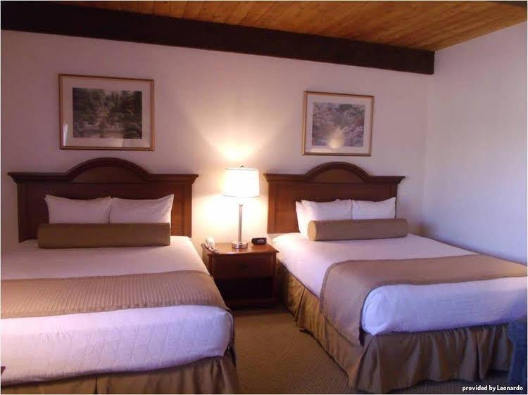 Gallery image of Antlers Inn