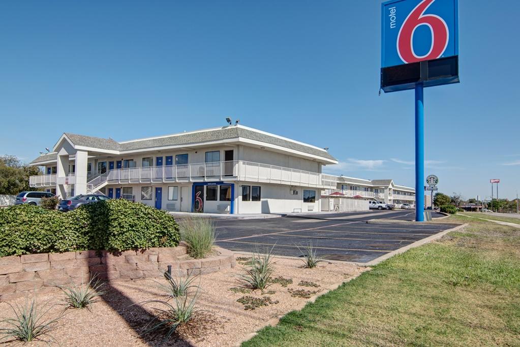 Motel 6 Dallas Euless