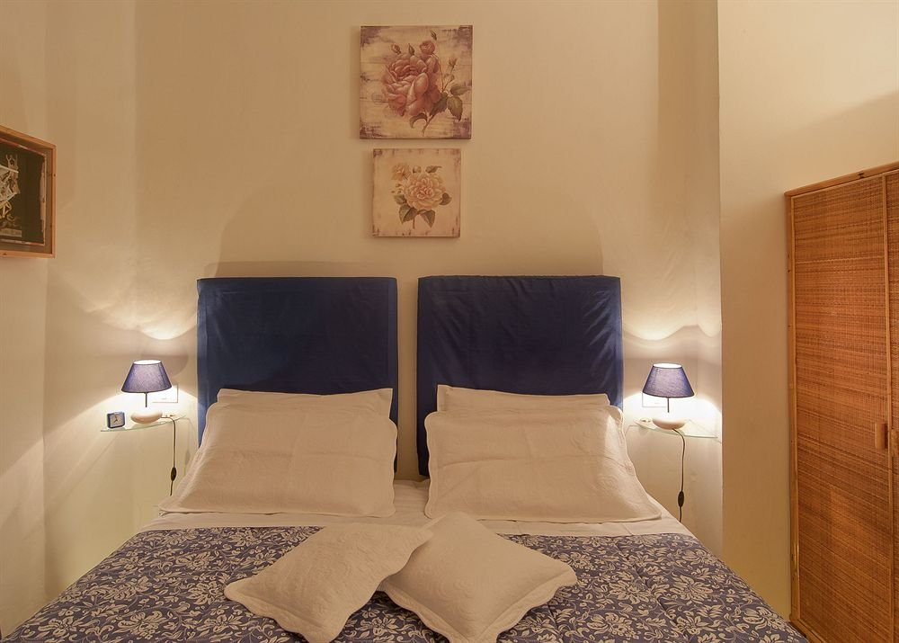 Bed & Bed Cassia