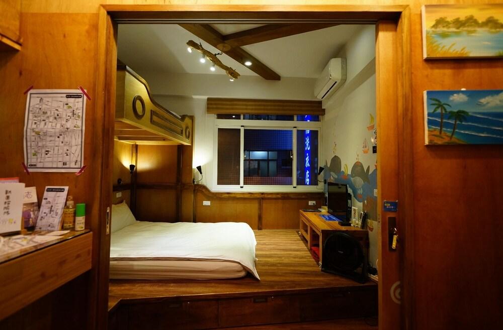 Travelership Inn