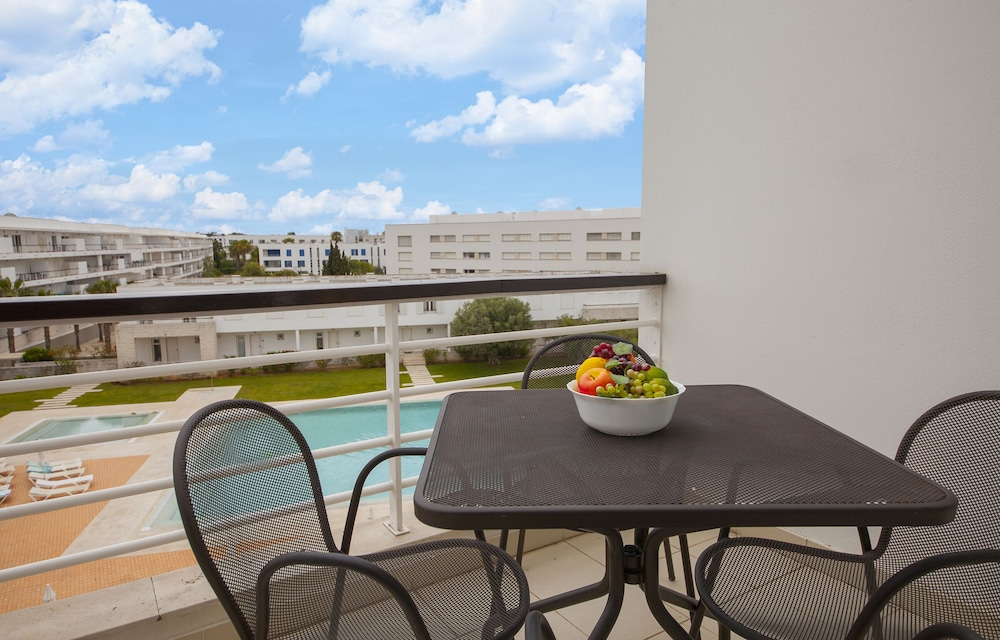B40 Dom Manuel Apartment