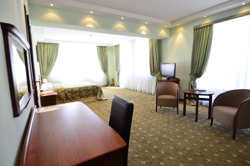 Gallery image of Platinum Hotel