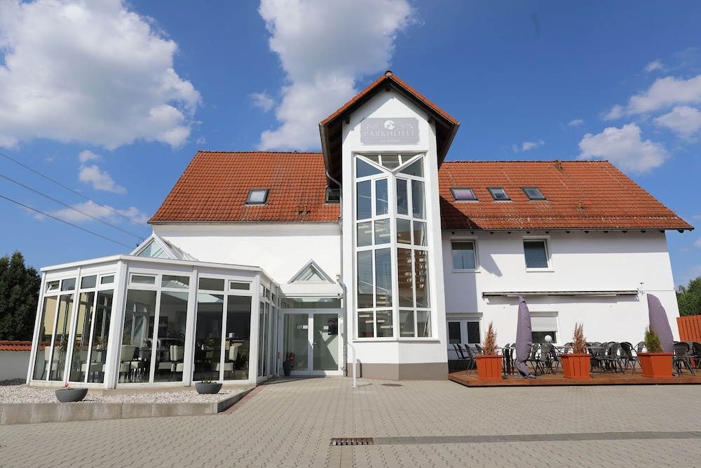 Gallery image of Parkhotel am Schloss