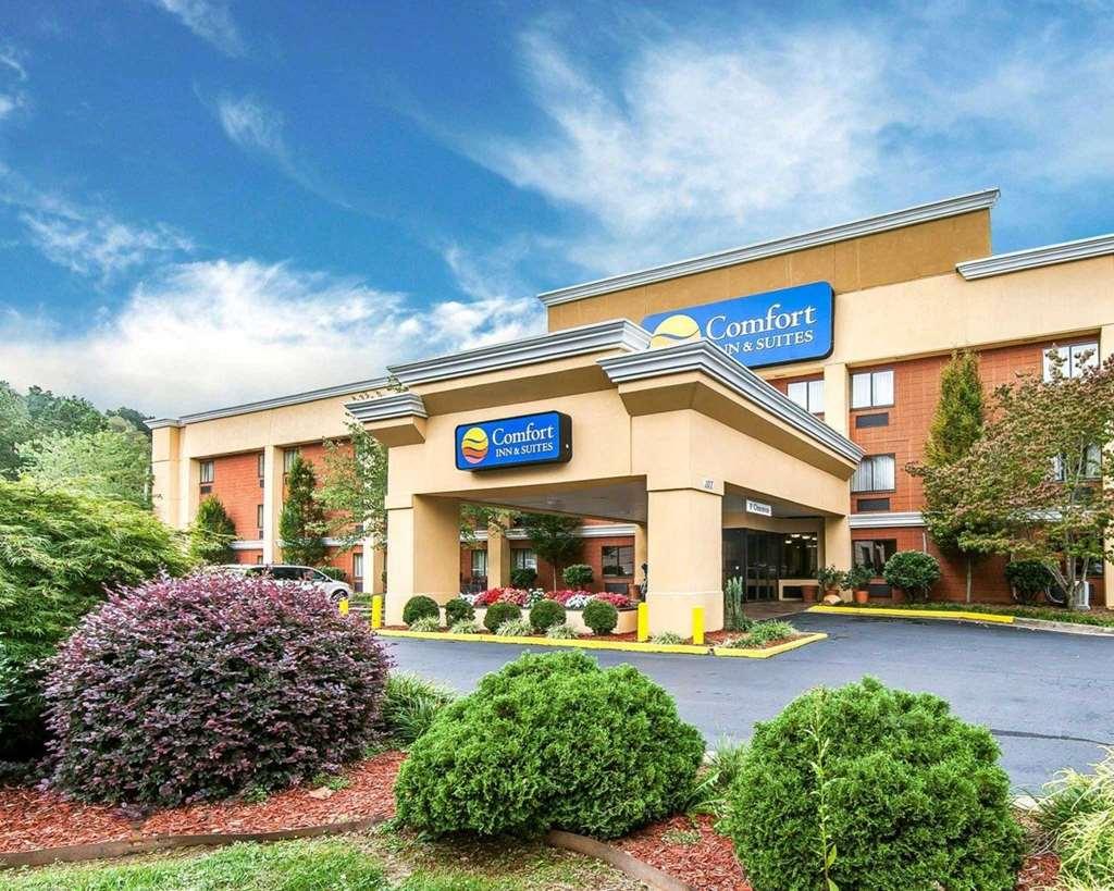 Comfort Inn & Suites Cleveland
