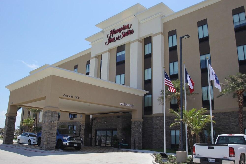 Hampton Inn & Suites by Hilton Portland Corpus Christi
