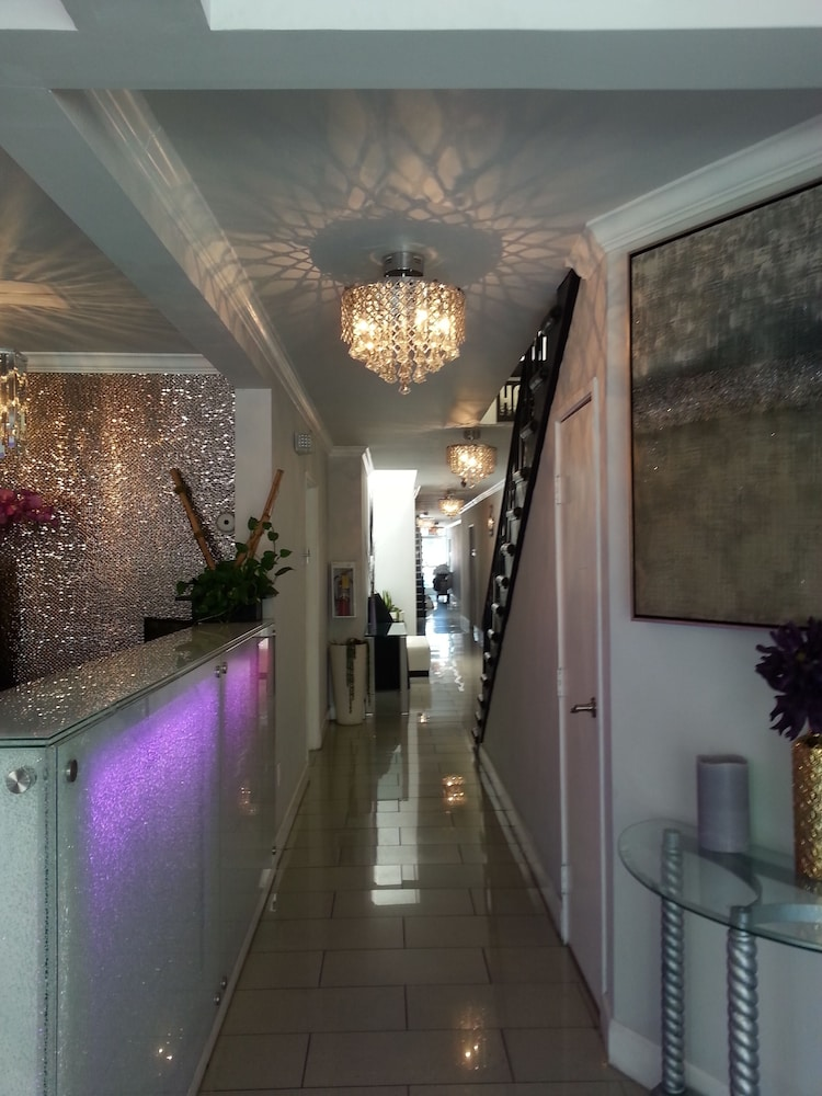 Gallery image of Hollywood VIP Hotel