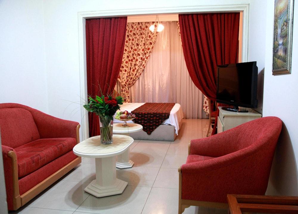 Gallery image of Elysee Residence