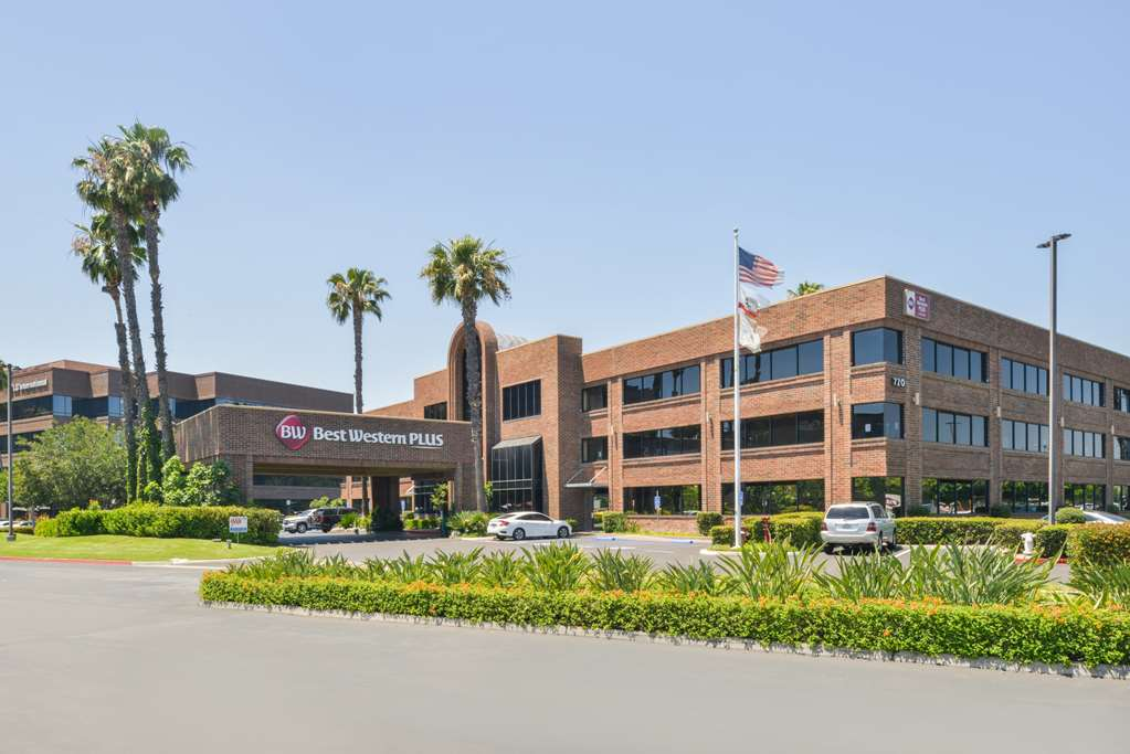 Best Western Plus Meridian Inn & Suites Anaheim Orange