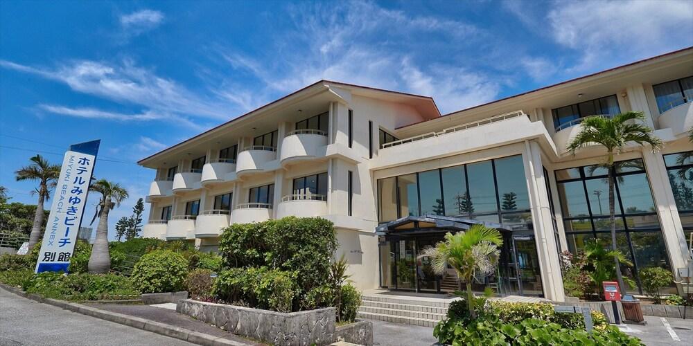 Gallery image of Hotel Miyuki Beach