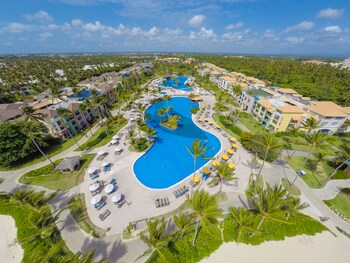 Ocean Blue & Sand Beach Resort All Inclusive