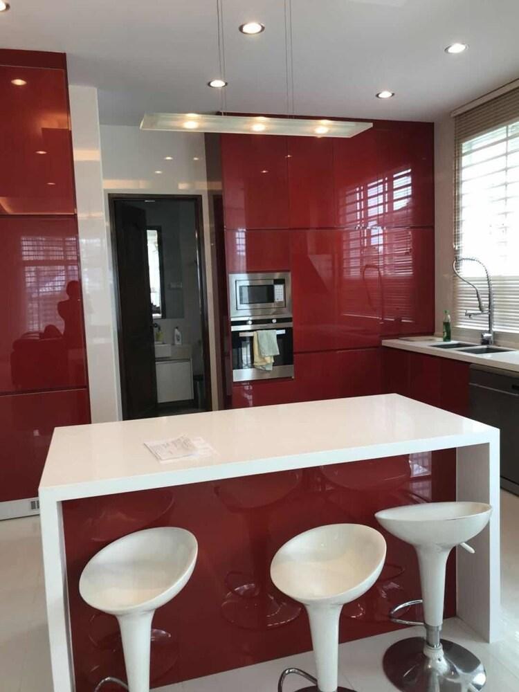 Penang Luxury Seaside Holiday Villa
