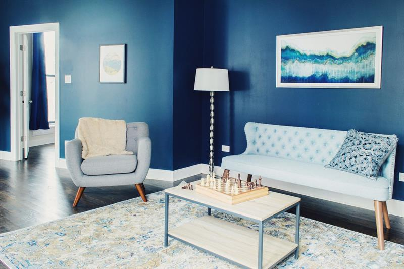 Architectural 2BR in Lincoln Park by Sonder