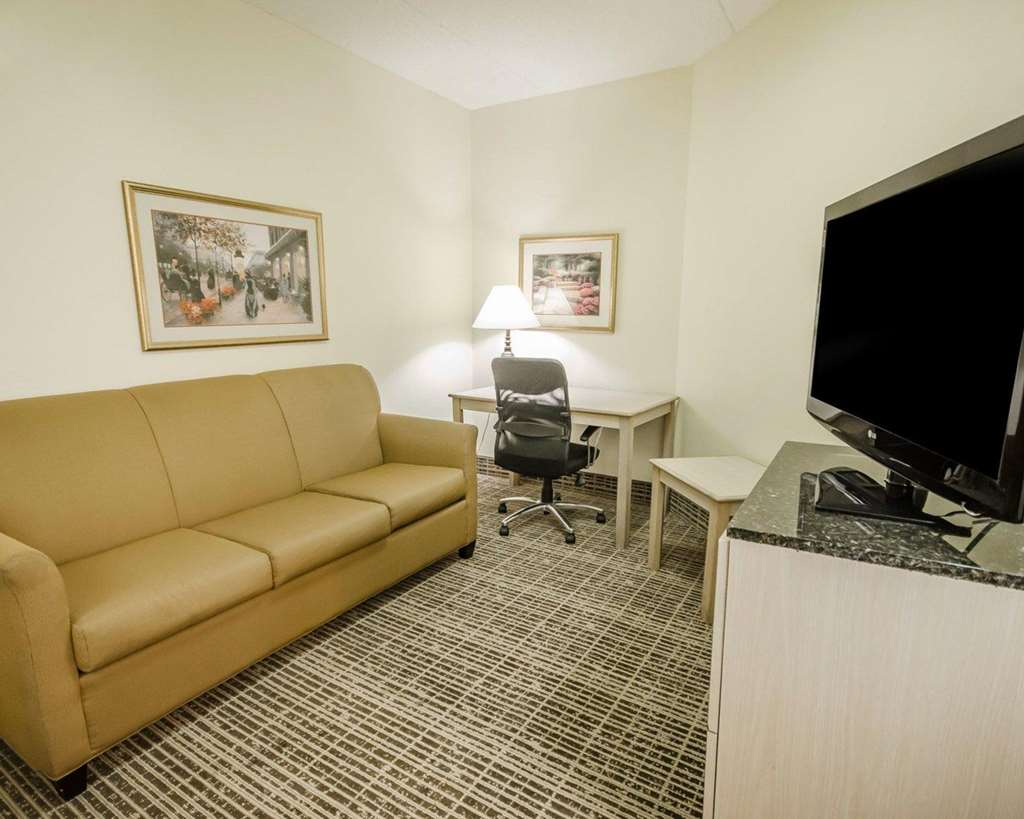 Gallery image of Quality Inn Louisville East
