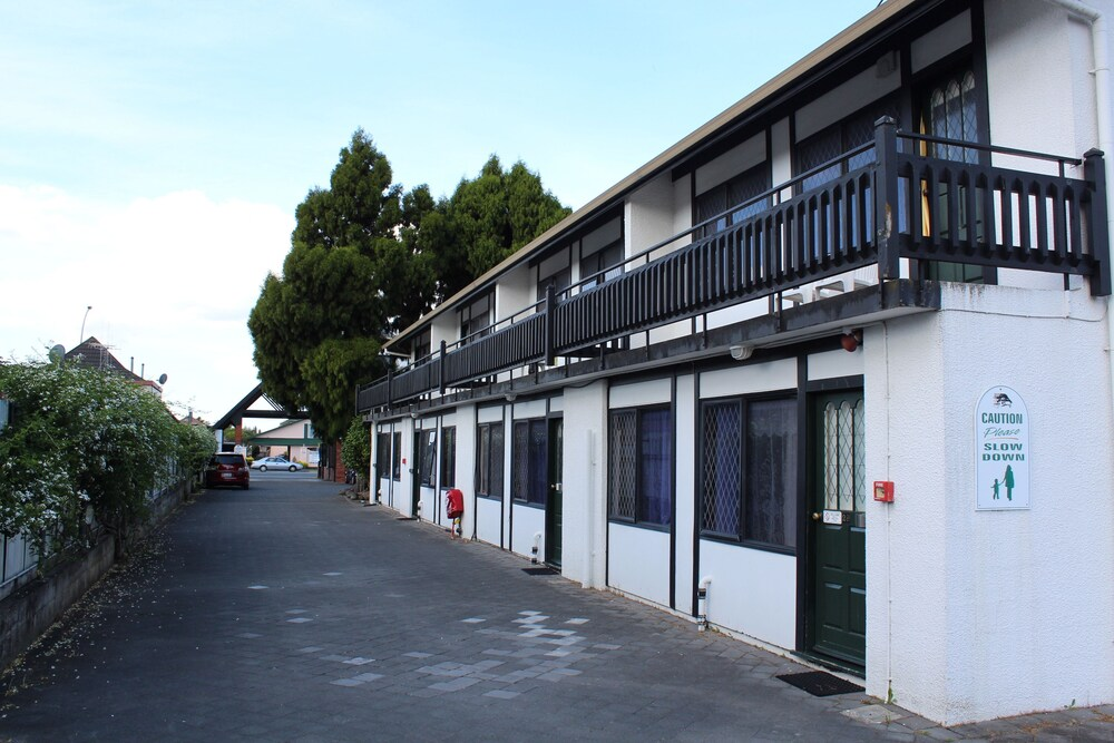 Gallery image of Grosvenor Motor Inn