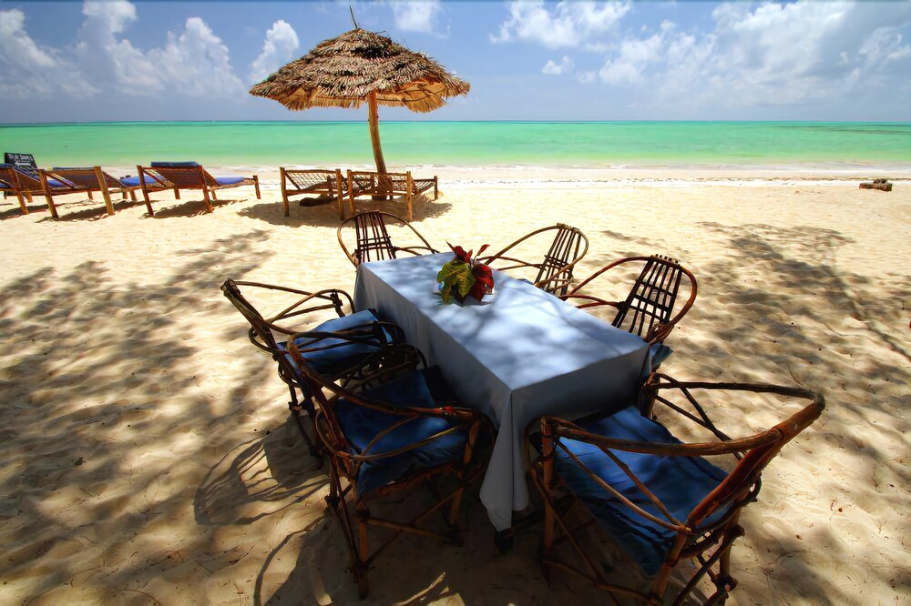 Gallery image of Ndame Beach Lodge