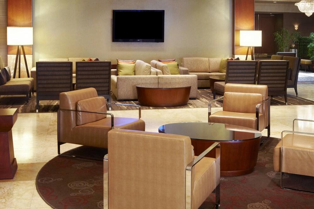 Sheraton Laval Hotel