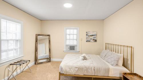1 bedroom Park Drive