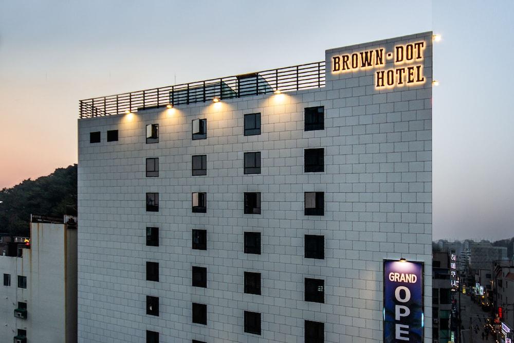 Browndot Hotel Hadan