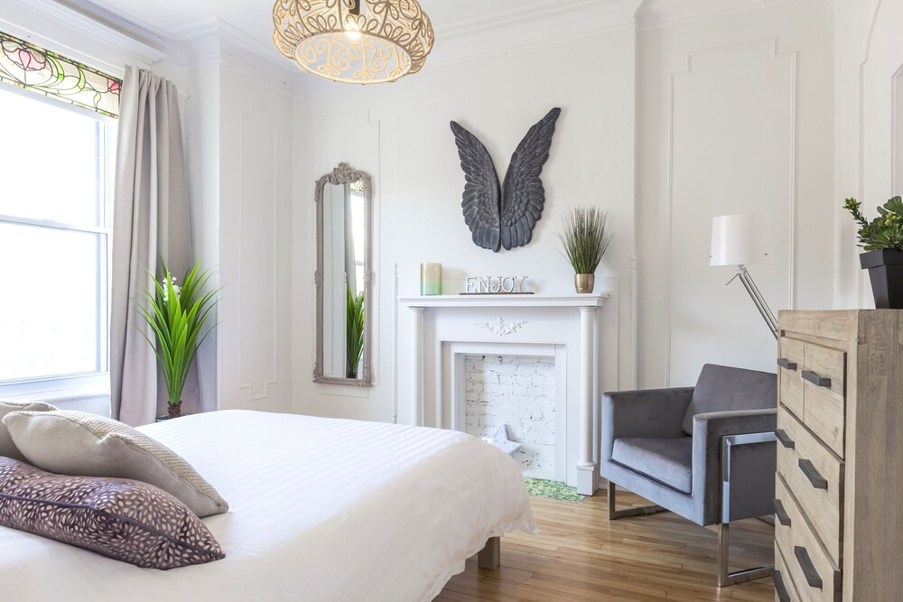 MTLVacationRentals Le Chic Laurier