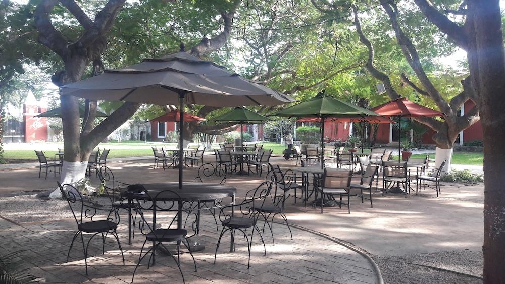 Gallery image of Hacienda Santa Cruz