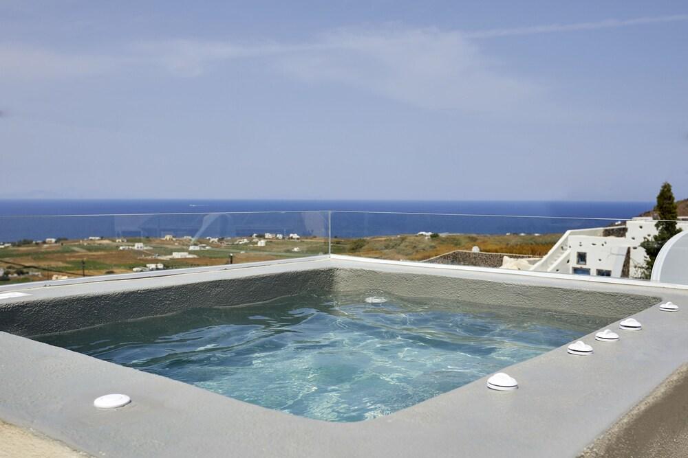 Edem Luxury Hotel Santorini Finikia