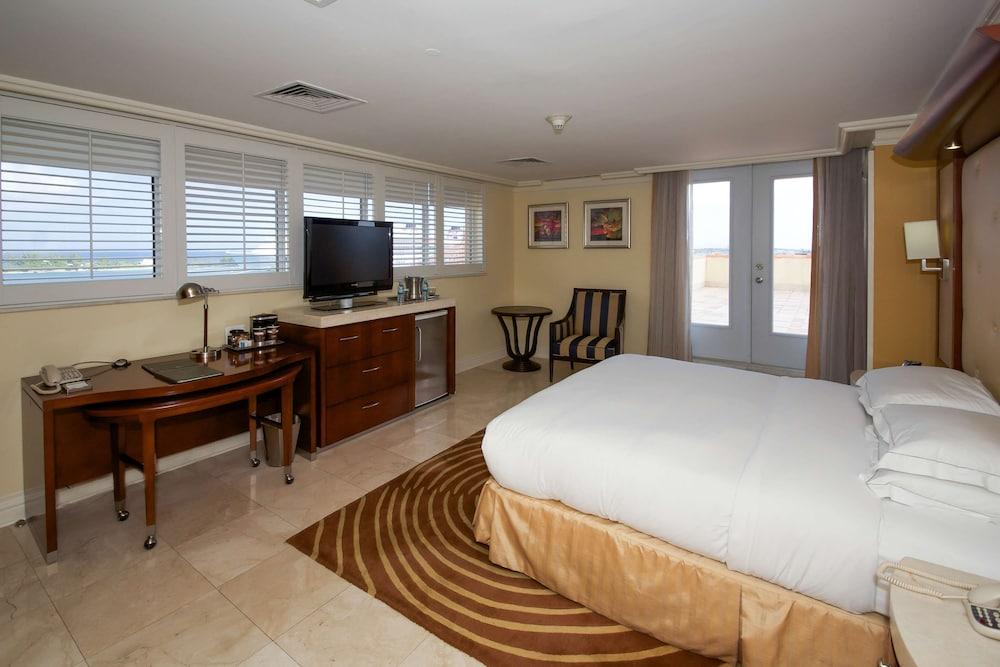 Gallery image of British Colonial Hilton Nassau