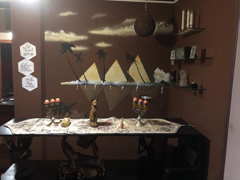 Explore Cairo From A Cozy Designed apt