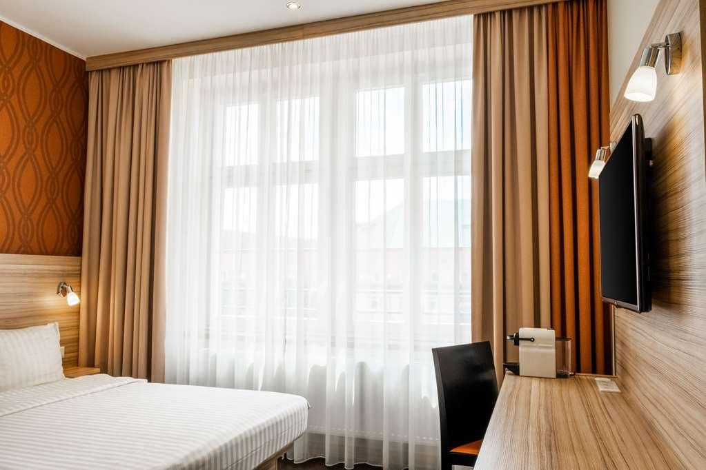 Star Inn Hotel Premium Dresden im Haus Altmarkt by Quality