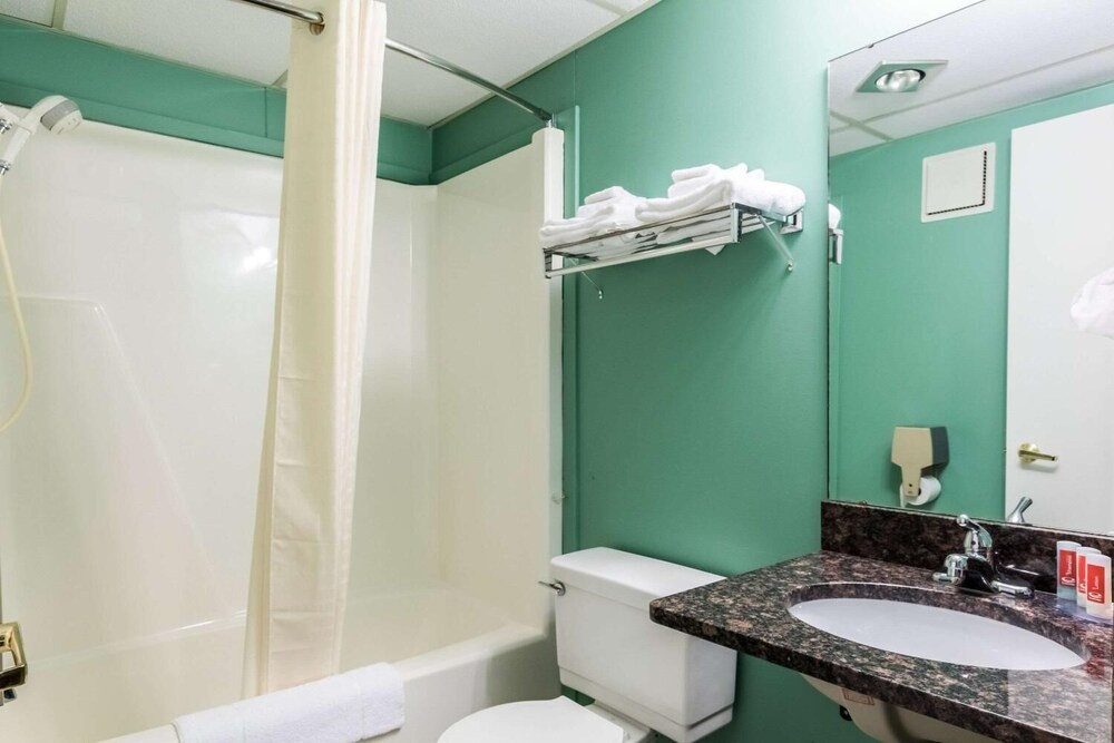 Gallery image of Econo Lodge Austin