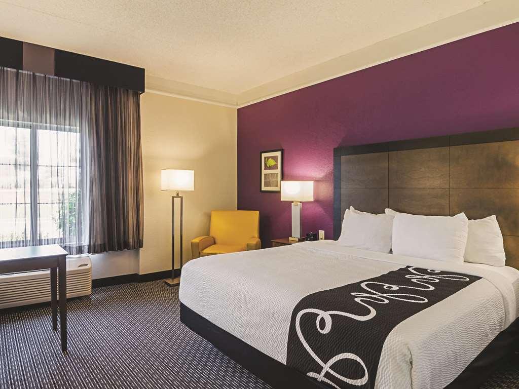 Gallery image of La Quinta Inn & Suites by Wyndham Denver Airport DIA