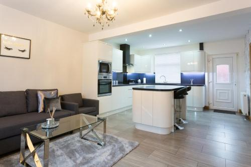Stylish and Modern 3 bedroom house