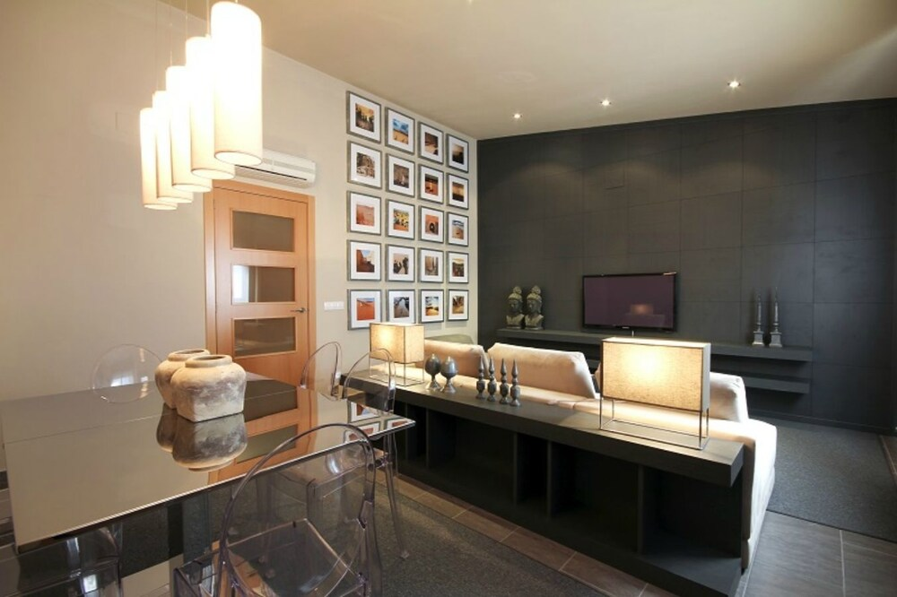 Kirei Apartment Calgary