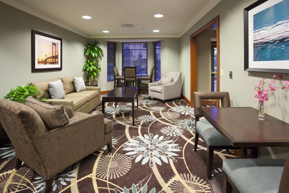Gallery image of Staybridge Suites Minneapolis Bloomington