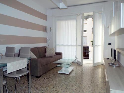 Lacaralele Apartment