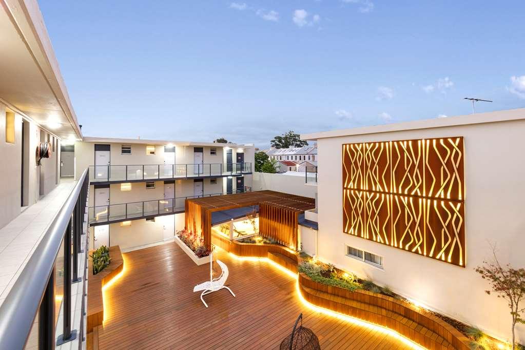 rozelle accommodation. Black Bedroom Furniture Sets. Home Design Ideas