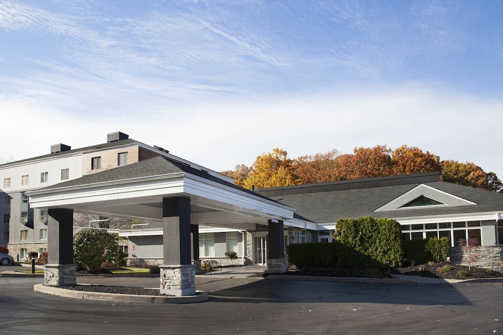 Courtyard By Marriott Rochester East Penfield