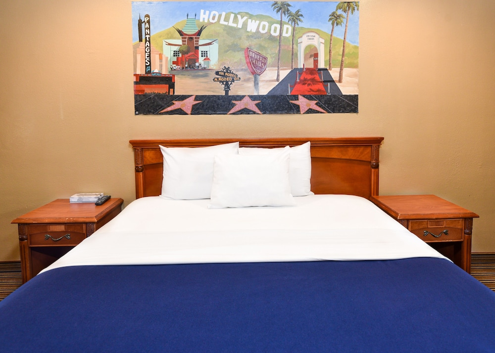 Gallery image of Hollywood Inn Express North