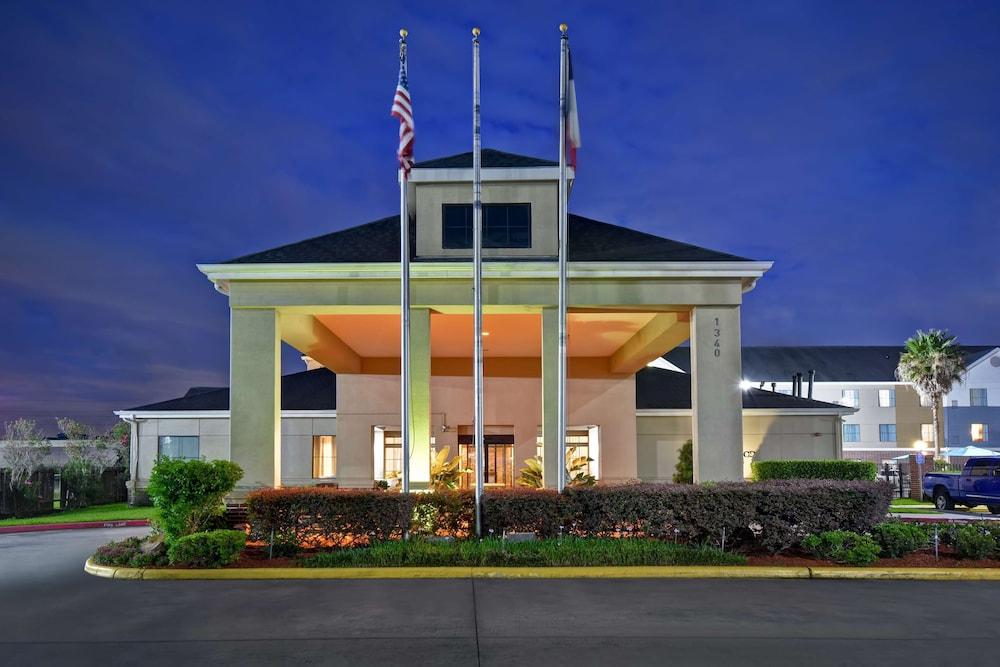 Homewood Suites By Hilton Houston IAH Airport Beltway 8