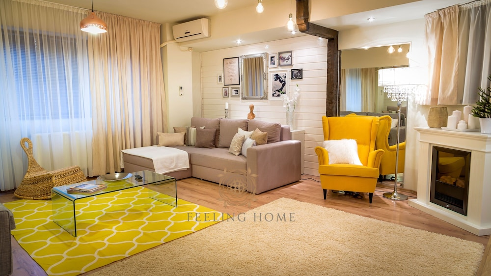 Feeling Home Apartments
