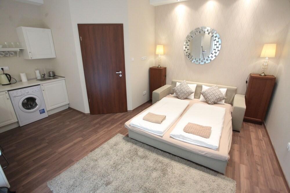 Dfive Apartments Bland