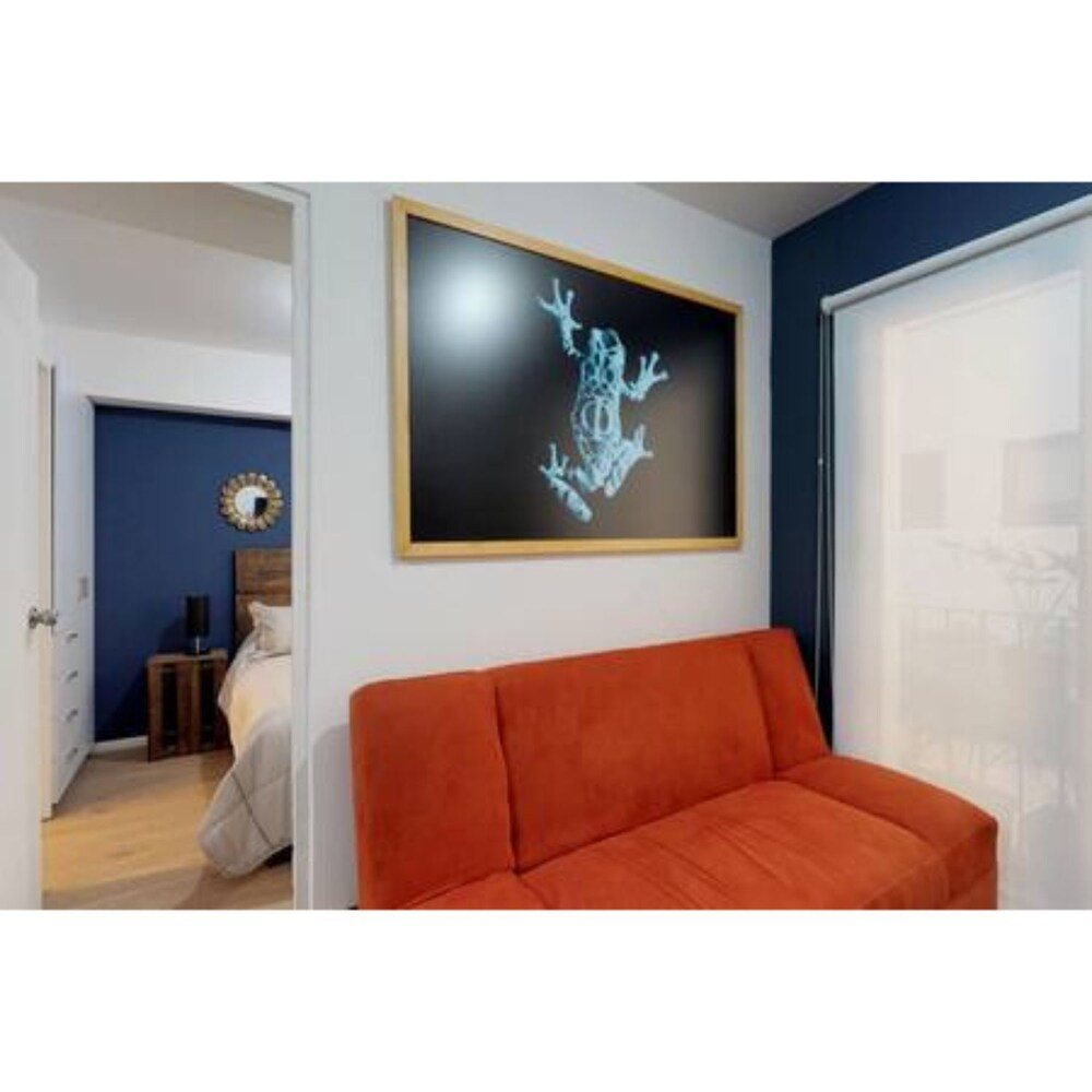 Downtown Beauty Brand New 1 BD
