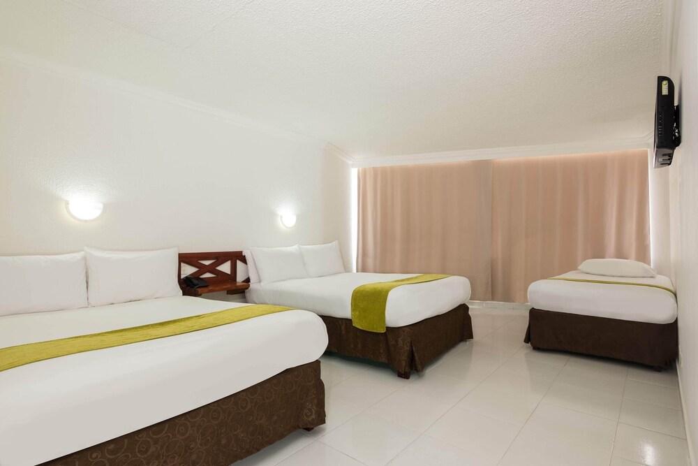 Gallery image of Hotel Calypso Beach
