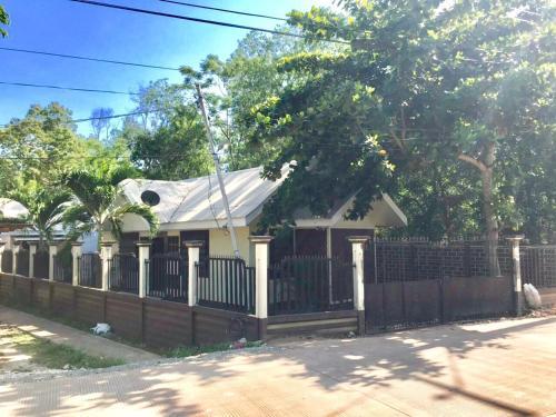 Johanns Place Panglao