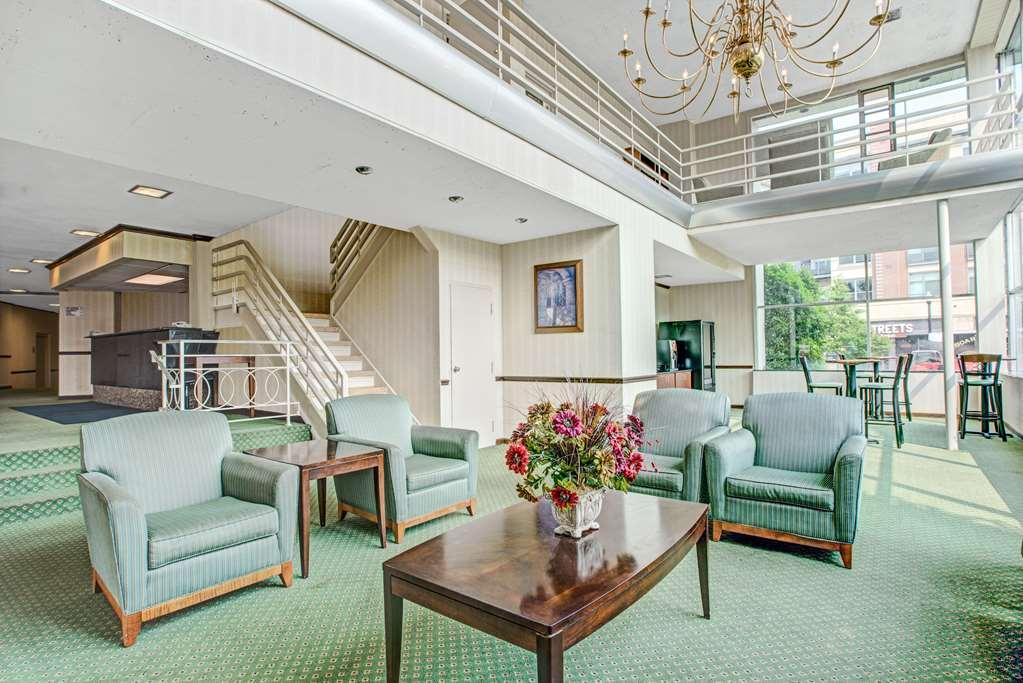 Gallery image of Days Inn by Wyndham Arlington Washington DC